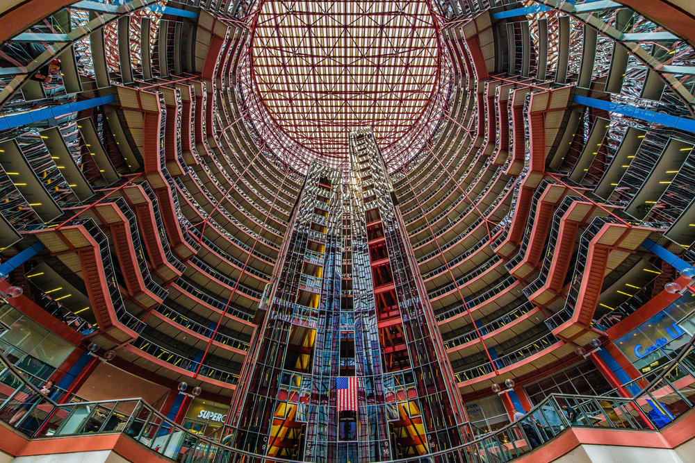 James R. Thompson Center Atrium, photo by  Mobilus in Mobili  via Flickr