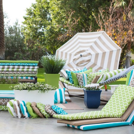 Mixed Materials and Year 'Round Outdoor Living