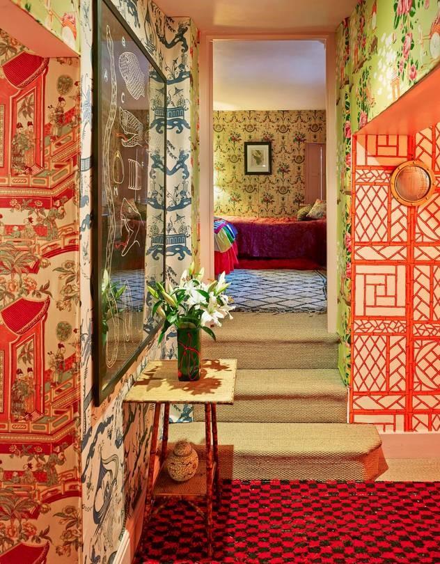 themed wallpaper designs