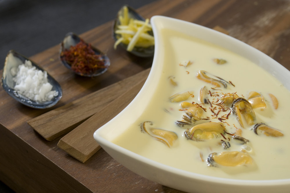 Mussel and Saffron Soup - Very quick and you can replace the mussels with different fish and seafood...