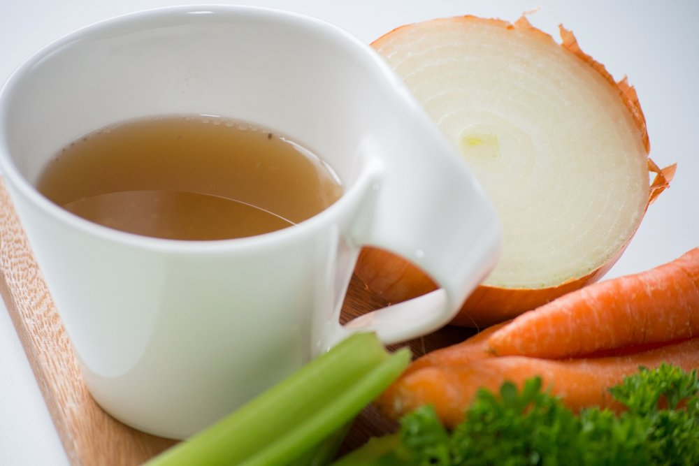 reasonably-quick but still-delicious bone broth -