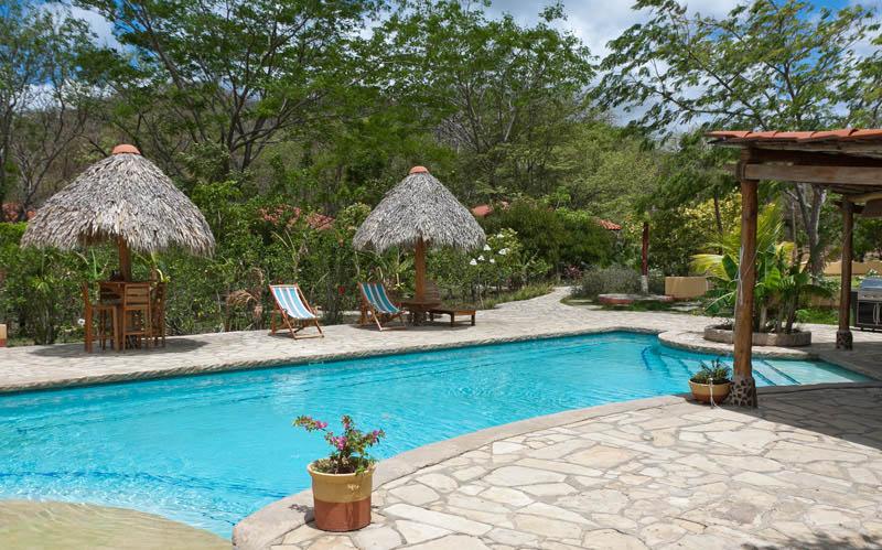 Mango-Rosa-Nicaragua-daytime-by-pool.jpg