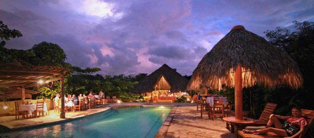 Mango-Rosa-Nicaragua-pool-sunset.jpg