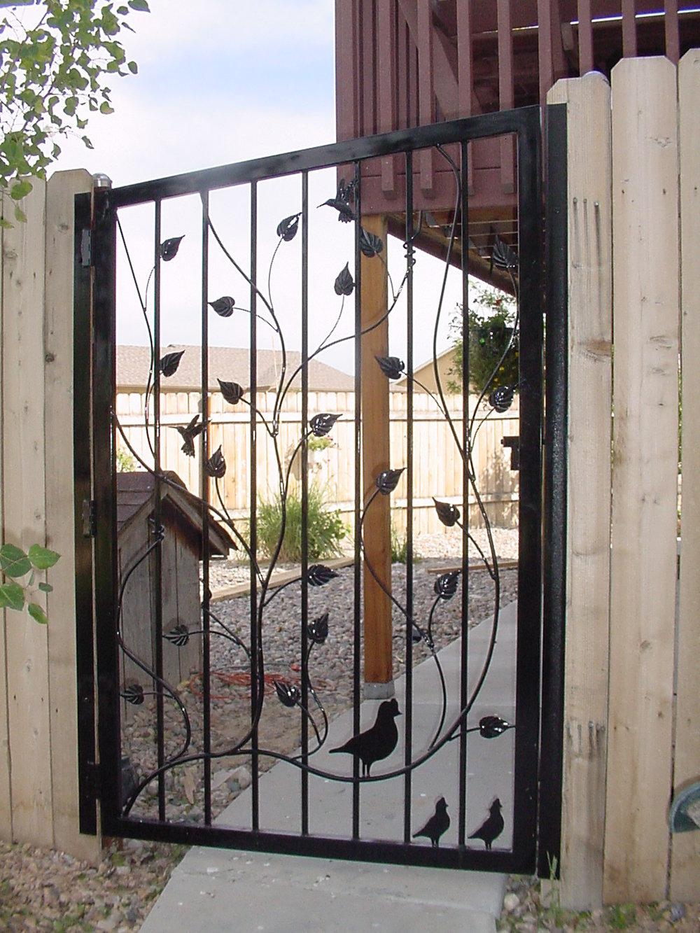 Procter gate0003.JPG