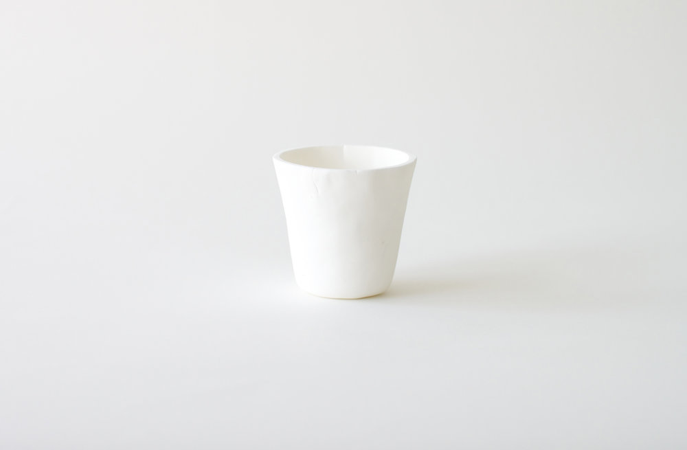 Mixer thrown cup