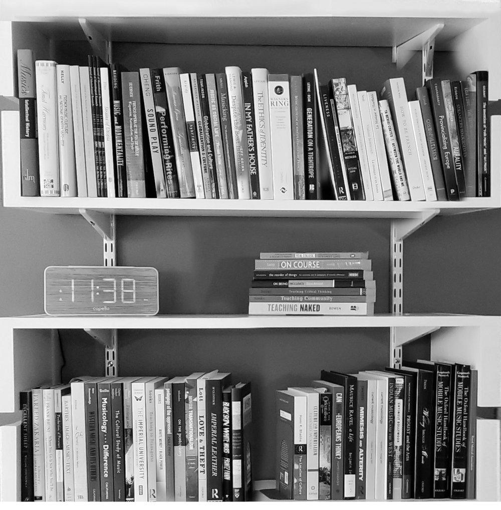 bookcase_sq.jpg