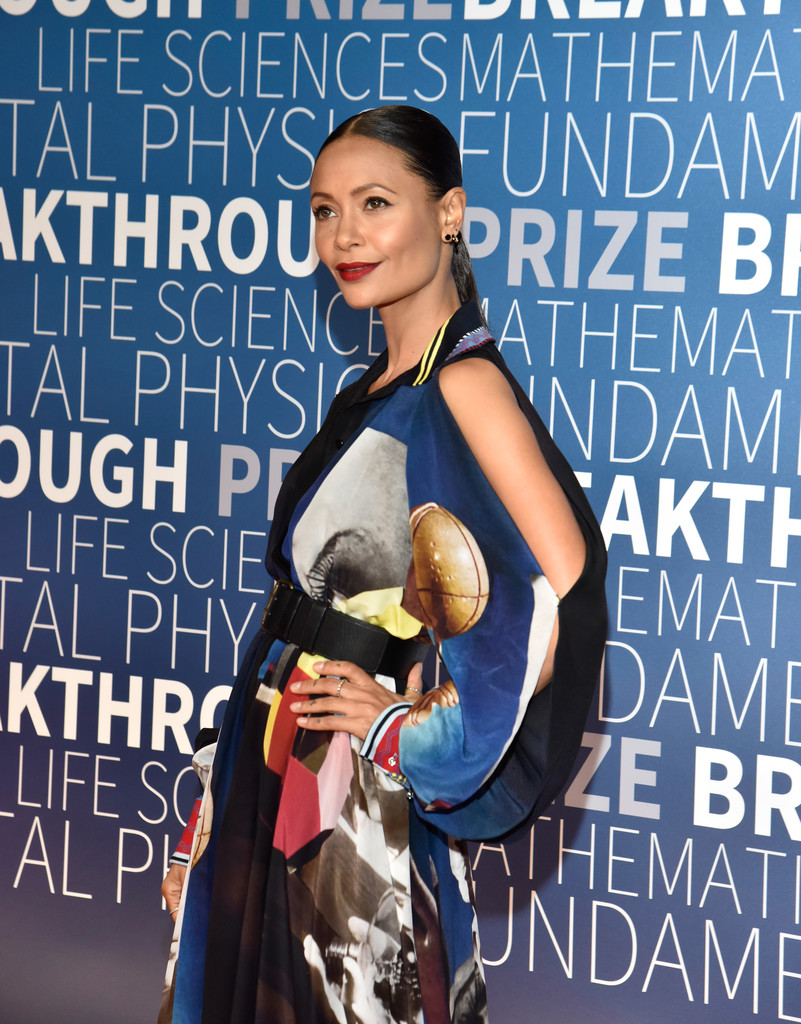 Thandie+Newton+2019+Breakthrough+Prize+Red+-5QWdBSY2Lzx.jpg