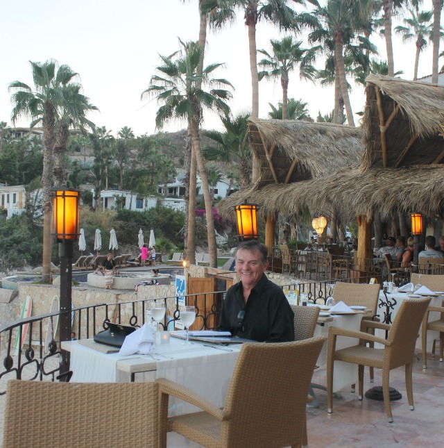 Stylemindchic Lifestyle and Scott C. Lindstrom at 7 Seas Seafood Grille seaside in Los Cabos