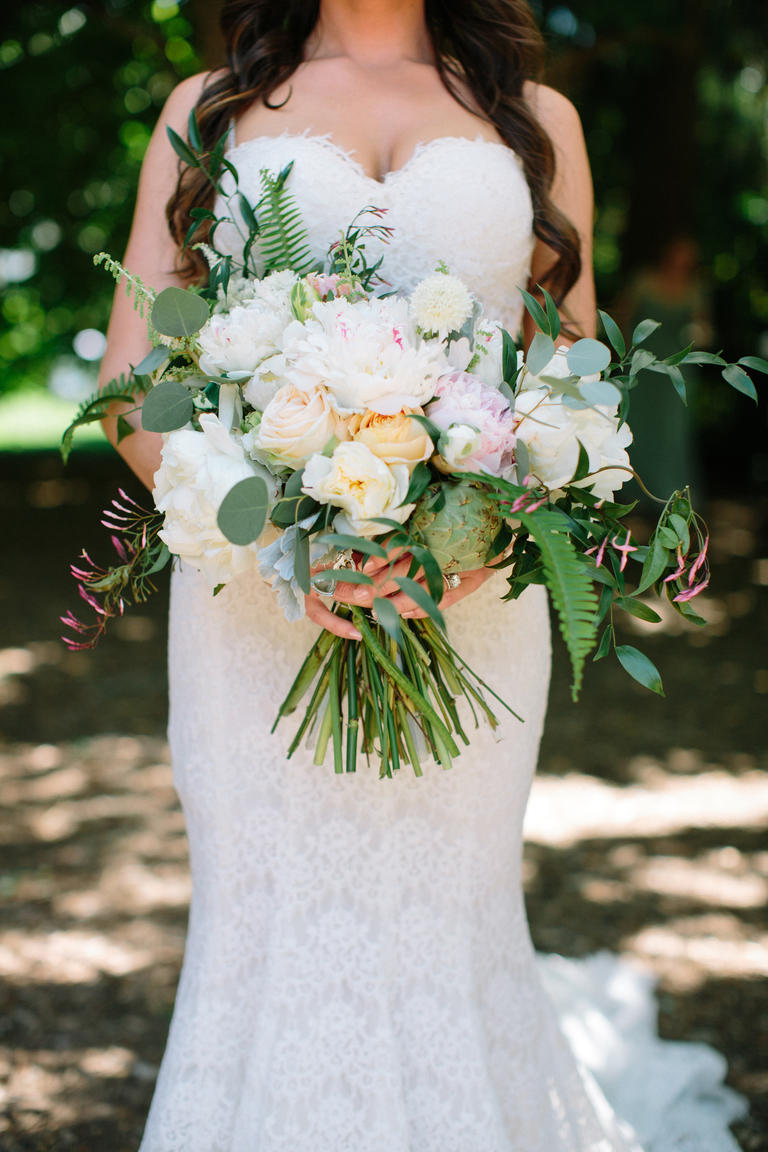 wine-country-wedding and the bridal bouquet