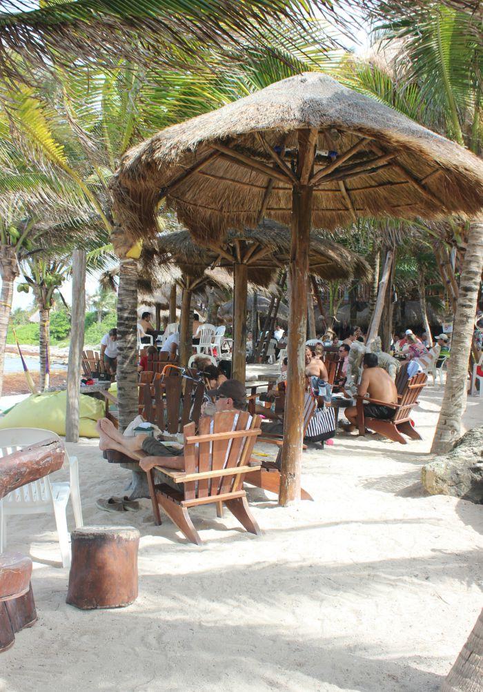akumal-lunch-beach
