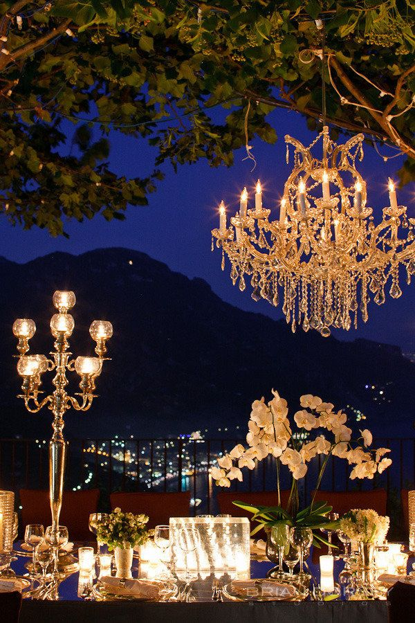 chandelier-fantasy-dinner-party