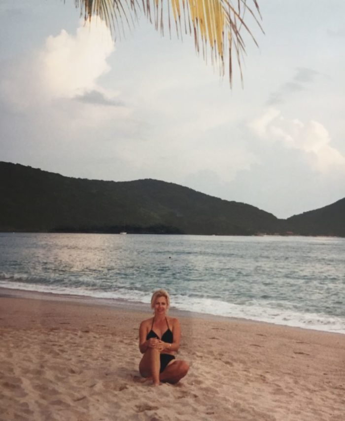 heather-lindstrom-beach-honeymoon