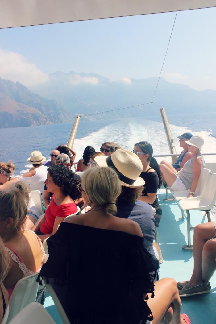 Boat to capri.jpg