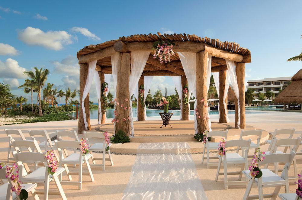 romance-2018-secrets-maroma-beach-riviera-cancun.jpg