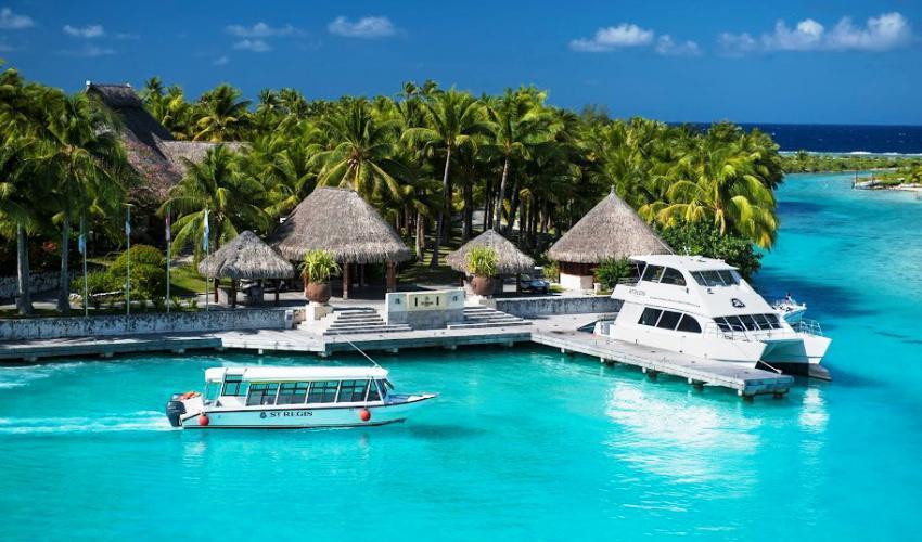 St_Regis_Bora_Bora_Resort_09.jpg