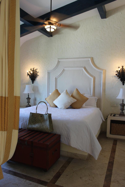 zoetry-bedroom-suite-stylemindchiclife