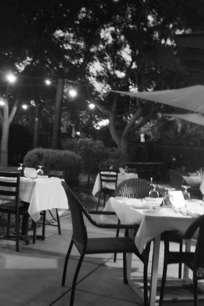 red-tavern-patio-chico-stylemindchiclife