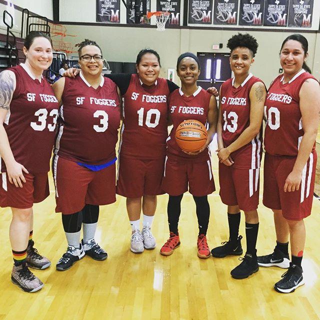 #Austin Capitol Classic women's team SF Foggers repping #sanfrancisco! Congrats team! @ngba05 @sfgba #gaybasketball #ballers #teammates #🏀