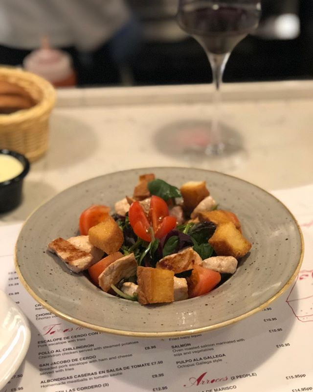 Another great evening at our local @casafinacroydon 🤤 #FridayNight #Regulars #spanish #tapas #ceasarsalad #foodporn