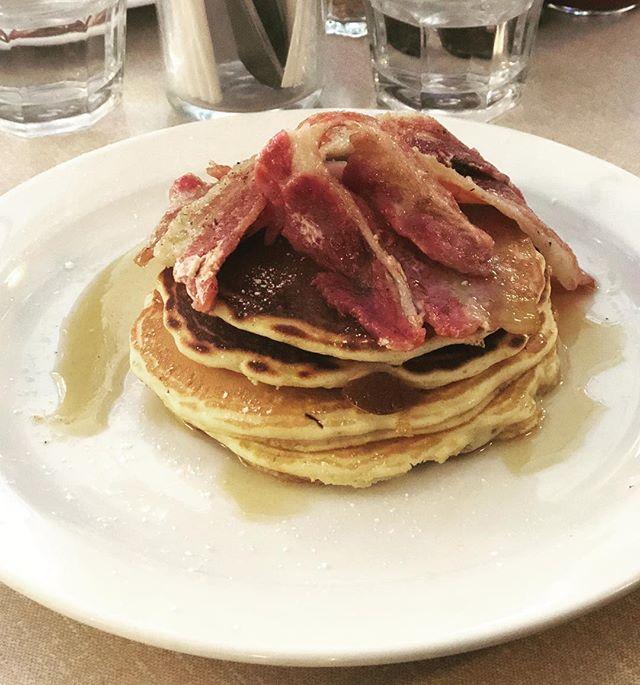 Happy #PancakeDay 🥞@boxparkcroydon @thebrekkyclub #MapleSyrup #AndPlentyOfIt