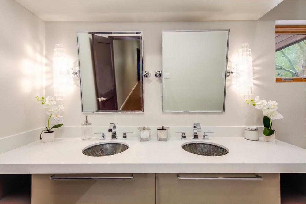 2-PV Bathrooms-2.jpg