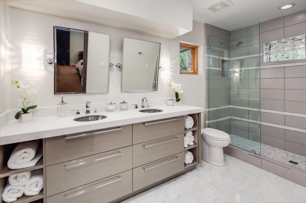 3-PV Bathrooms-3.jpg