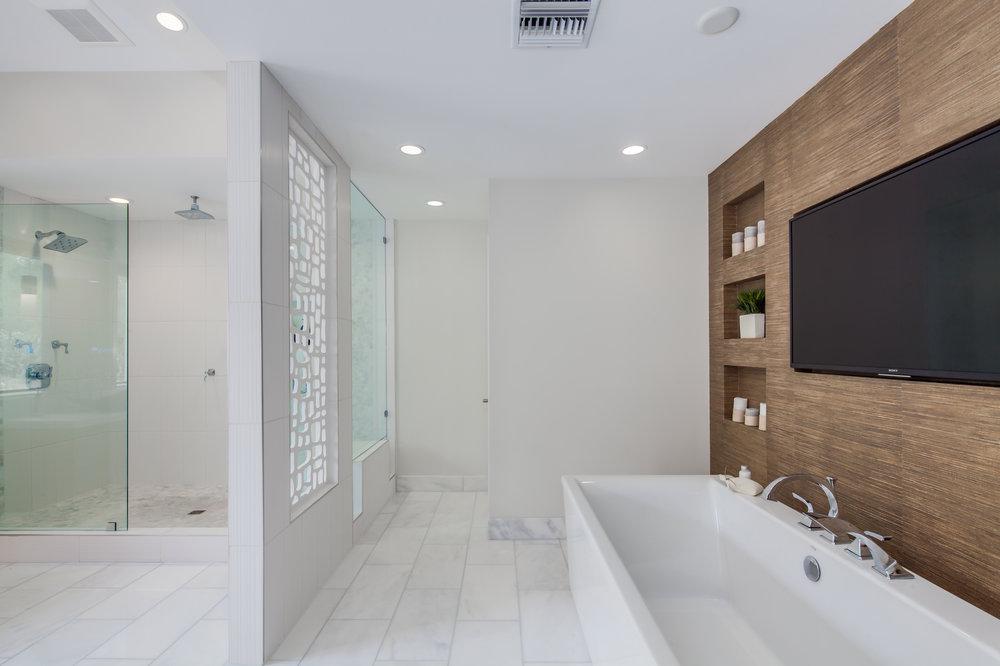 12-PV Bathrooms-12.jpg