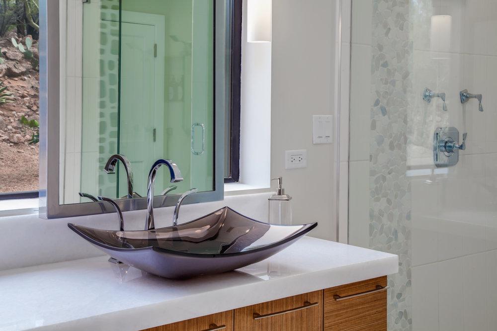 13-PV Bathrooms-13.jpg