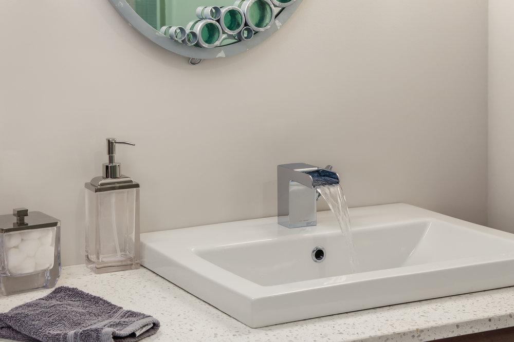 17-PV Bathrooms-17.jpg