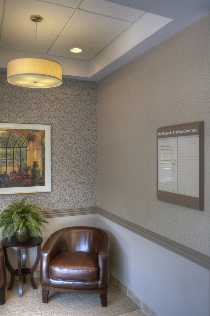 Franklin Commons Offices - Interior 002.jpg