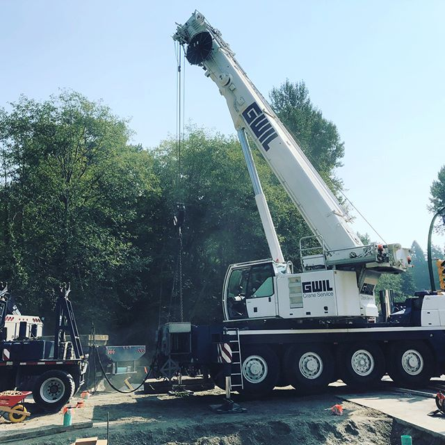Maplewood Creek Culvert - Crane's on-site ready to place the last 42,000lb culvert section #districtofnorthvancouver #gwilcrane #civilconstruction #gravityconstruction