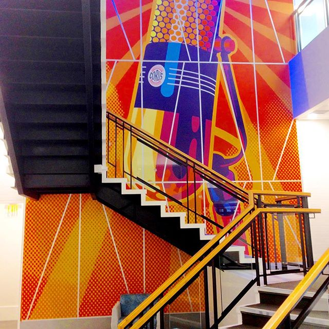 Have you been to the @corusradio building on 17th Ave SW in #yyc? This impressive two-story art installation was created in partnership with @karo_design. #graphicproduction