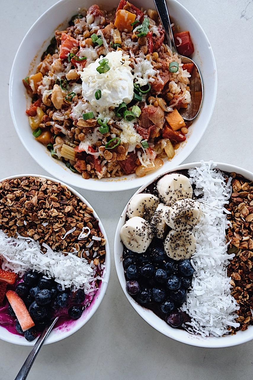 Dirt Eat Clean : Acai bowl, Dragon Fruit bowl, and Lentil warm bowl