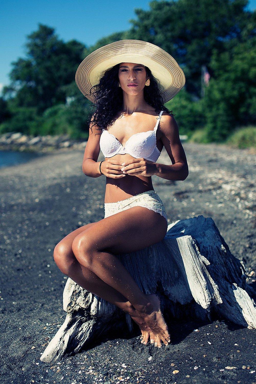 Beach fashion photographer.jpg