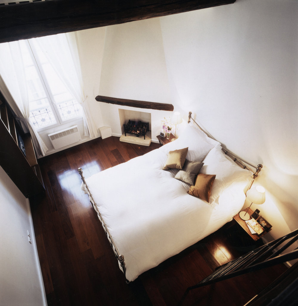 14 Paris - Bedroom.jpg