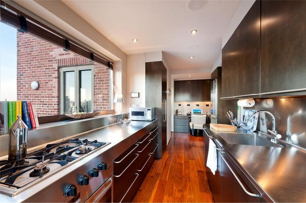 1150 Park - Kitchen.jpg