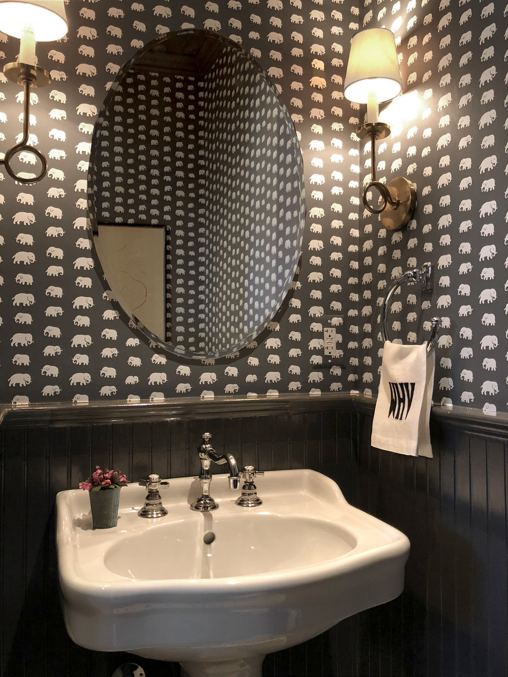 Jones-Rowan-Studio_Interior-Design_Washington-D.C._Powder Room.jpg