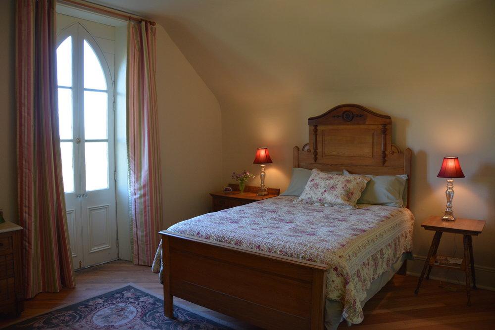 Mrs Elling Room2 - Copy.JPG