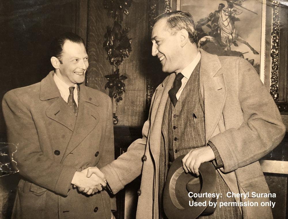 Lev Aronson and Gregor Piatigorsky.JPG