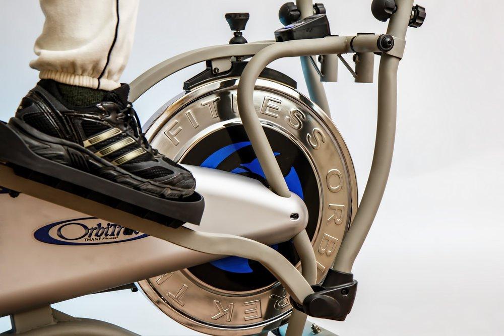 cross-trainer-elliptical-trainer-exercise-47084.jpg