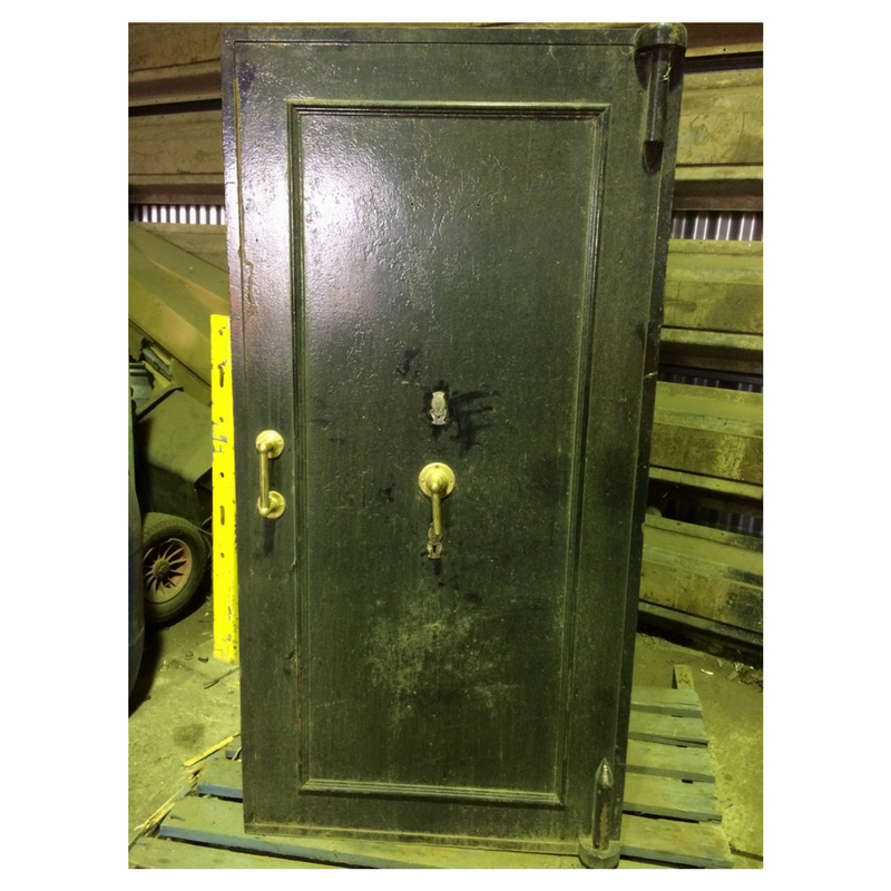 old chubb safe.png