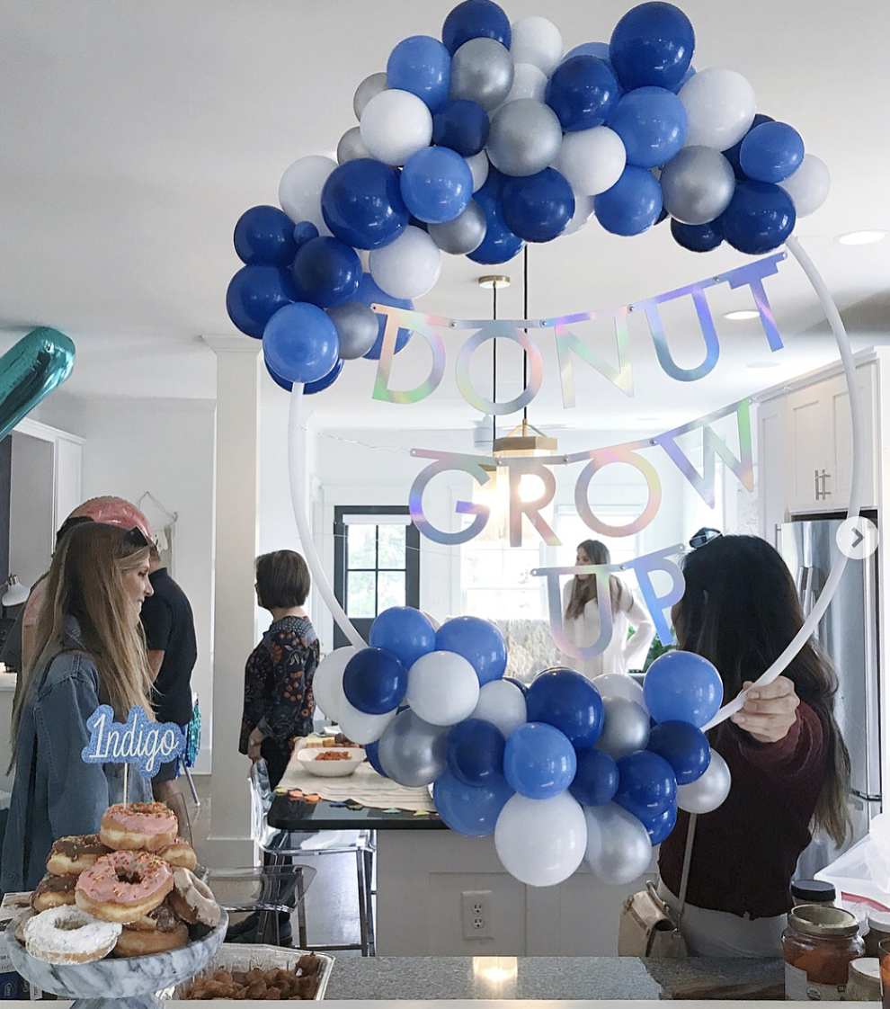 vroom_vroom_balloon_wreath_donut_grouw_up_first_birthday_blue.png