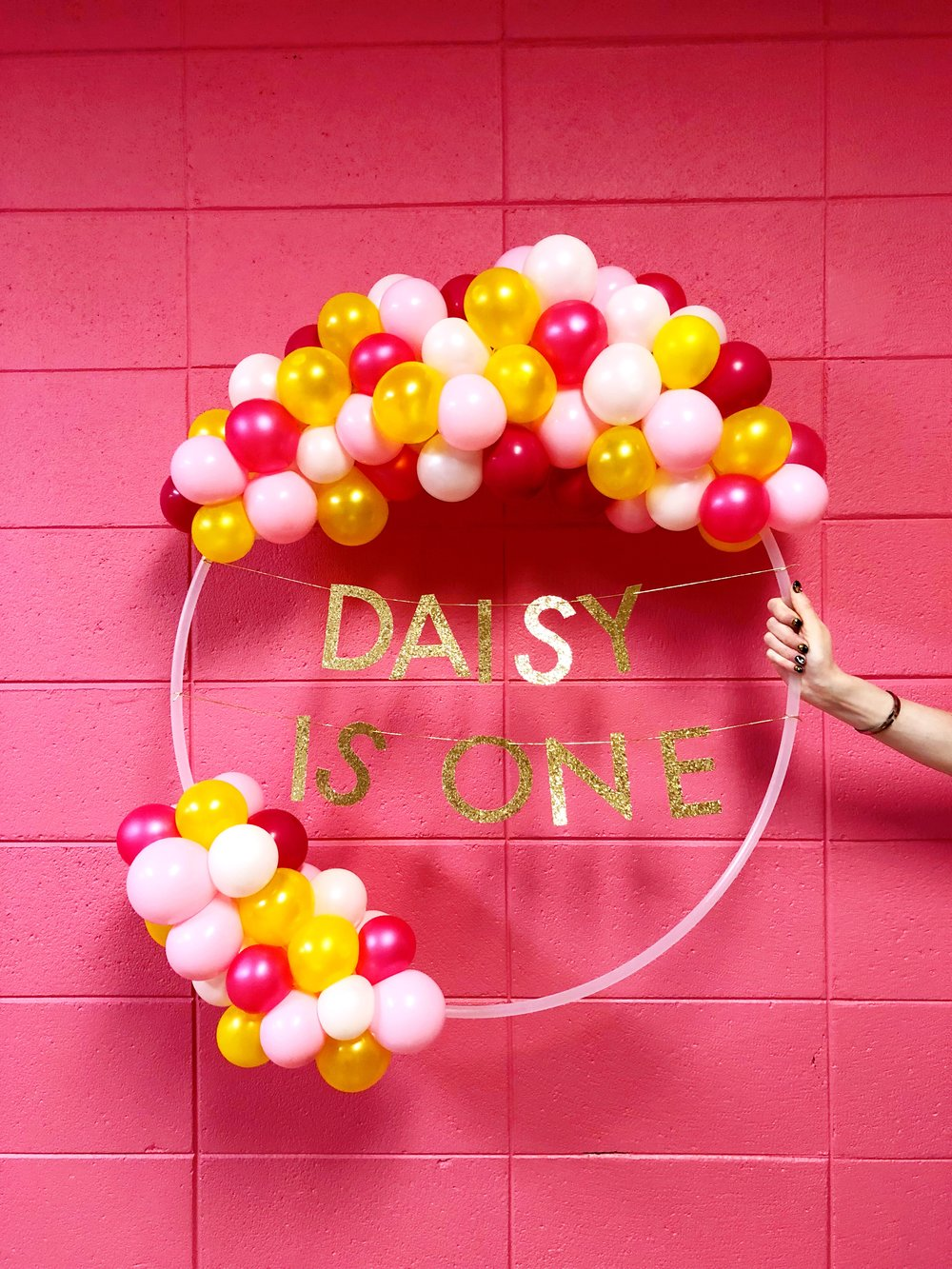 vroom_vroom_balloon_wreath_pink_one_first_birthday.JPG