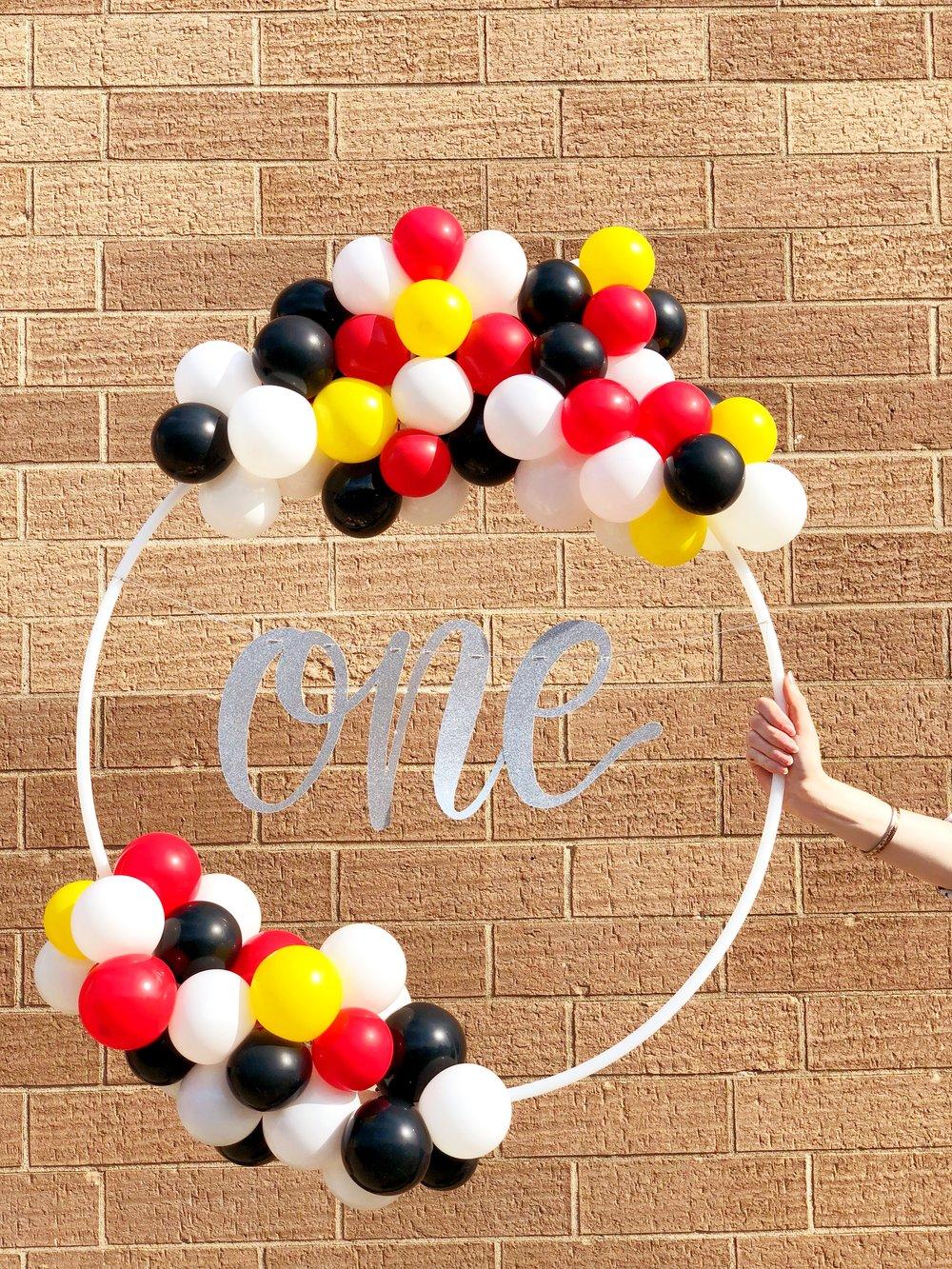 vroom_vroom_balloon_wreath_mickey_mouse_one.JPG