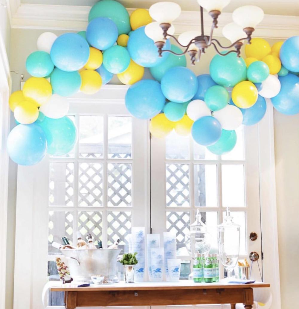 vroom_vroom_balloon_40th_birthday_organic_balloon_garland.png