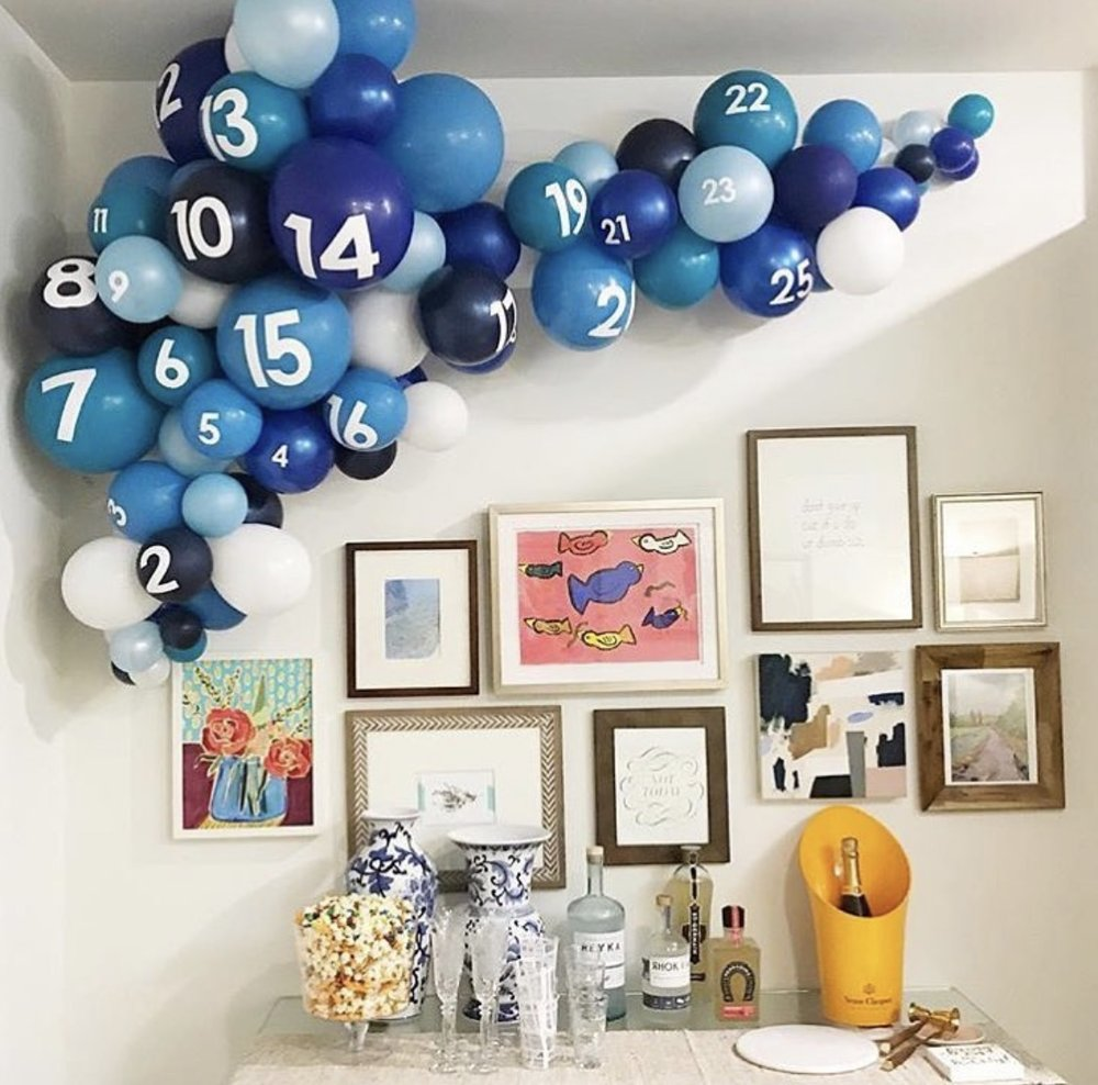 vroom_vroom_balloon_organic_balloon_garland_birthday_blue_ombre.jpg