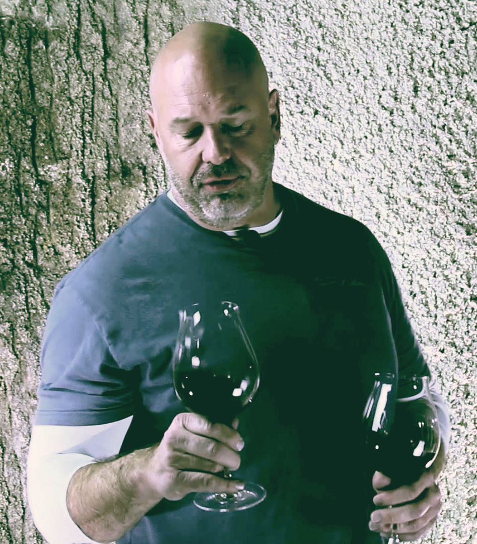 Russell Bevan - Russell Bevan is one of the world's most acclaimed winemakers; a superstar with critics, colleagues and consumers alike. Wine critics regularly praises his wines, providing correspondingly sky-high scores. Russell's approach to winemaking was perhaps best summarized by Parker's own words,
