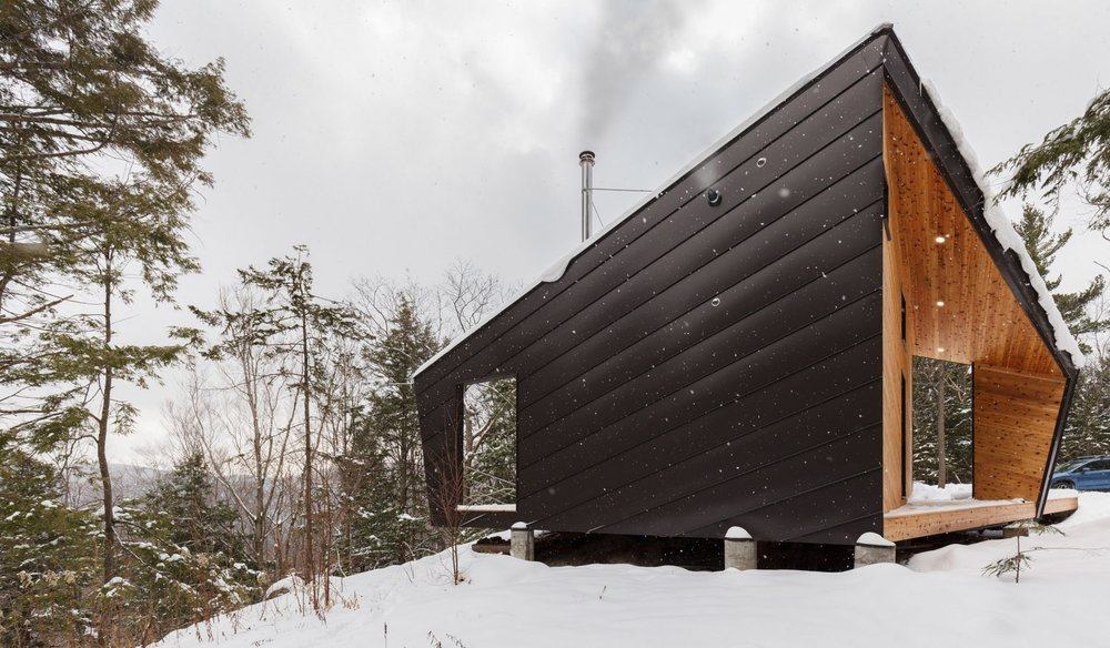 cabin-on-a-rock-i-kanda-architects-architecture-new-hampshire-usa_dezeen_2364_col_11-1704x995.jpg