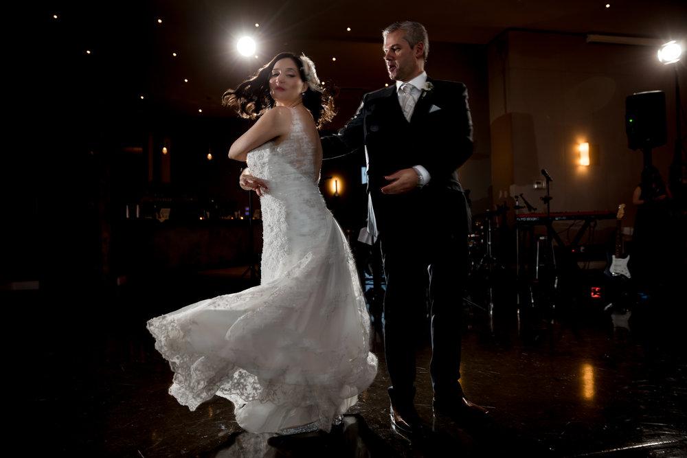 Martin McMahon Photography    - Laura & Léo