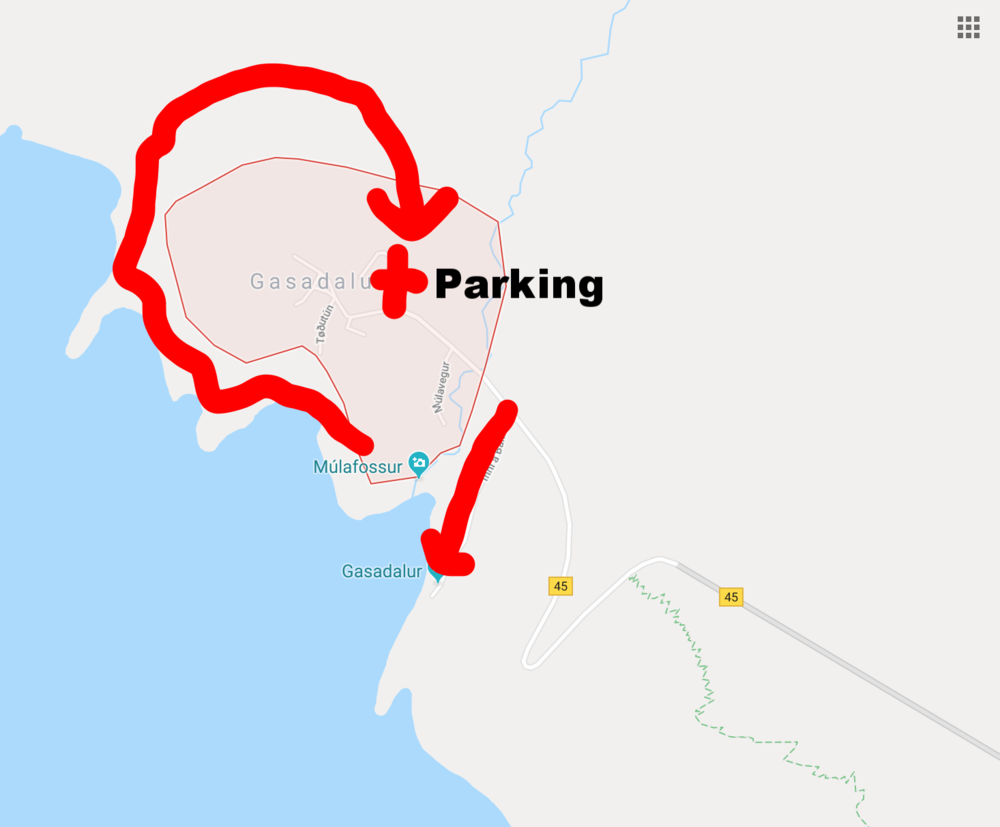 Parking area, with both options for hikes